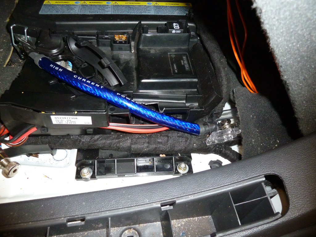 second battery install pics and semi how to club touareg forums. Black Bedroom Furniture Sets. Home Design Ideas